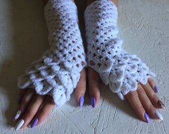 Fingerless Gloves, dragon scale gloves white women fingerless Crocheted Arm Warmers ,fingerless gloves Autumn Fingerless, crocodile stick