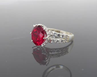 Vintage Sterling Silver Round cut Red Ruby & White Topaz Ring Size 5.5