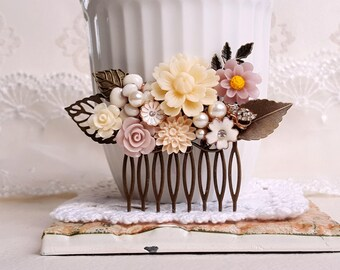 Rustic hair comb Shabby chic wedding hair comb Creamy white and blush pink decorative comb