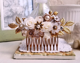 Antique gold bridal flower comb White and gold jewel comb Pearl and rhinestone decorative bridal hair accessory