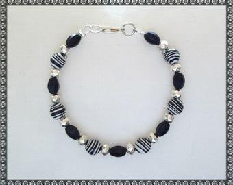 black bracelet, black beaded bracelet, black, hematite, hematite bracelet, grey
