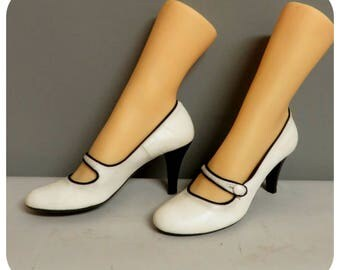 Vintage 50s style white Mary Jane leather shoes 37