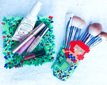 Mermaid makeup organizers