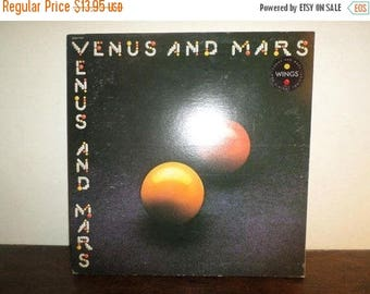 Save 30% Today Vintage LP Record Wings Paul McCartney Venus and Mars are Alright Tonight Excellent Condition 9538
