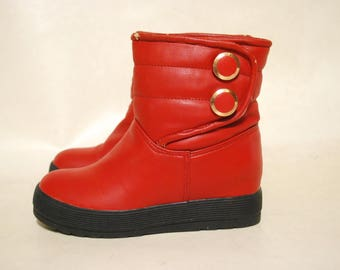 Vintage 80s Red Moon Boots Kitsch Retro Shoes 1980s Vtg Size US 5.5