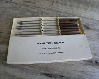 Set of 6 Fondue Forks / Hamilton Beach / Wood Handles / Color Coded Tips / Retro Fondue Forks / Stainless Steel / 70's Fondue Forks