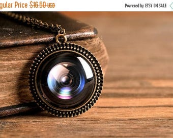 20% OFF Camera lens pendant, antique brass pendant, glass dome pendant, antique brass necklace, camera lens necklace, gift for photographer