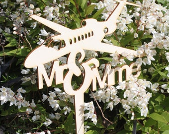 Cake topper - Mr Mrs + Plane -
