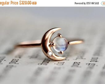 ON SALE 14K Moonstone Star And Moon Ring, Diamond, Night Sky, Astrology Jewelry, Moonstone Ring, June Birthstone, Moon Ring, Crescent Moon