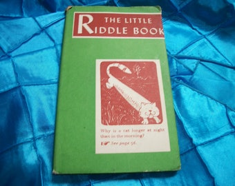 Vintage The Little Riddle Book, 1954, 61 Pages, Smaller Book, Block Print Copys Type of Pictures, Peter Pauper Press