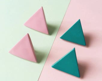 Little pairs of Vintage triangle earrings. Two colors turquoise blue or soft pink. Clip on from the 80's 90's
