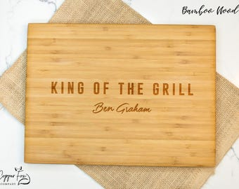Personalized gift for dad, king of the grill, custom grilling gift for dad, wooden cutting board father's day - 051