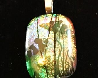 Underwater glass pendant