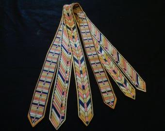 1920's dress decoration collar art deco silk