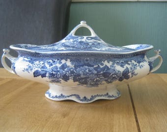 19th Century Keeling and Co Late Mayers Colwyn Pattern Tureen