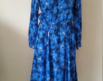 Electric blue Vintage floral dress size 10-12