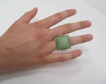 Jade Gold Ring - Size 6