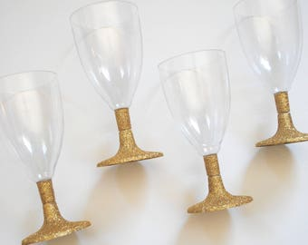 Gold Glitter Plastic Wine Glasses