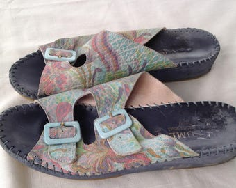 La Plume hand sewn Italy pastel print floral slide sandals  39