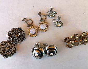 Lot of(5) Vintage Earrings, Costume Jewelry, Clip on, Mid Century, Vintage Costume earrings, Ladies accessories,