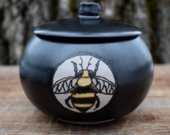 Bee Jar, Ceramic Storage Jar, Stoneware Sugar Keep, Pottery Spice Canister, Pot with Lid, Gift for Bee Lover, Bee Keeper Gift, Lidded Jar