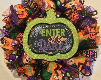Halloween wreath, Halloween wreaths, wreath, mesh Halloween wreath, Halloween wreath, spider wreath, spider decor, ribbon orange black