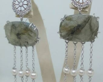 Silver earrings with Labradorite and pearls