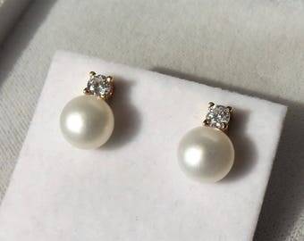 18ct Gold over Sterling Silver Freshwater Pearl & Stone Set Earrings 12mm x 8mm.