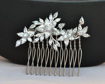 Swarovski haircomb, crystal bridal hair comb, bridal hairpiece, romantic wedding haircomb