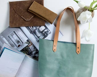 Large leather tote // Hand stitched sage green veg tanned leather tote
