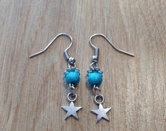 Dangling earrings star and beads turquoise