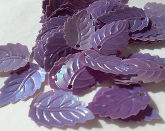 5 charms leaves synthetic purple Pearlescent