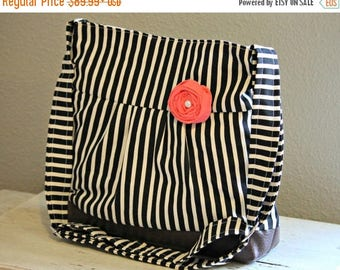 CHRISTMAS SALE Concealed Carry Purse, Medium Messenger Bag, Black Stripes, Conceal Carry Handbag, Concealed Carry Purse, Conceal and Carry