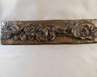 Bronze Rose Liner Bar