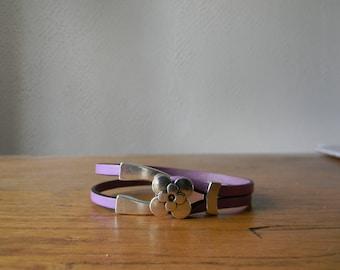 Lilac leather flower bracelet