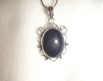 Blue Goldstone pendant necklace in silver (P610)