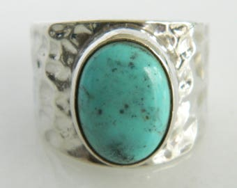 Vintage Sterling Silver & Turquoise Ring size 8