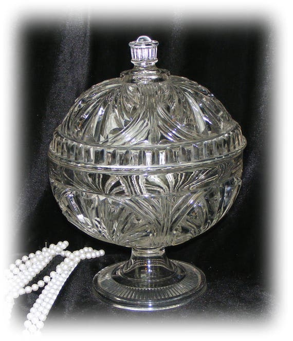 Large CRYSTAL CANDY DISH
