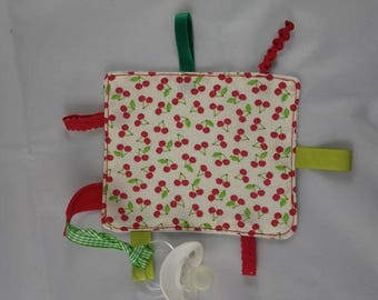 Tetine007 - Pacifier clip pattern green and Red cherries