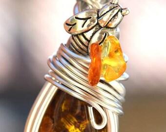 Amber bee pendant