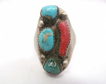Vintage Old Pawn Mens Navajo Turquoise and Coral Ring Size 11.5