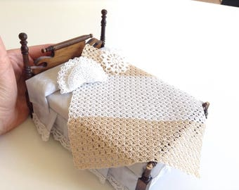 Miniature hand made bedroom set, with afghan/blanket/bed cover, pillow and doily, 1/12 scale, honey and white