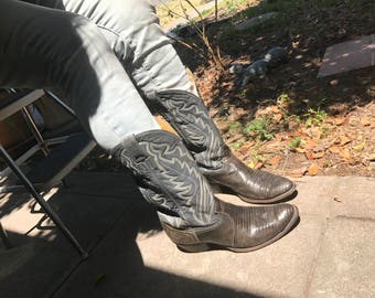 Kick ass Vintage Justin Grey Exotic Leather Size 11 ee Cowboy Boots Size 13 WCowgirl Boots
