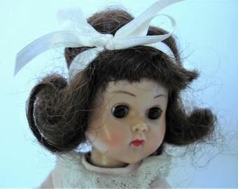 Vintage Vogue Ginny Doll 1950's