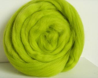 25g carded wool felting or spinning Merino Neon Green
