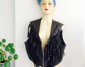 80s fake leather fringe jacket | fringejacket | vintage fringe jacket | fake leather jacket | vegan leather jacket | black leather fringes