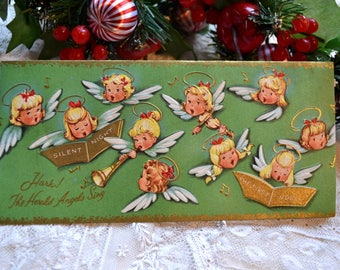 Vintage Christmas Card - Musical Singing Angels on Green - Used