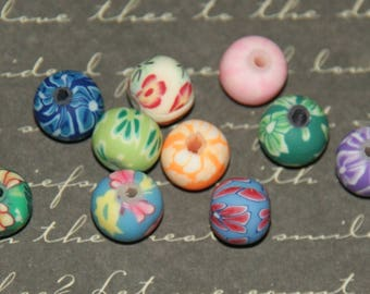5 FIMO flower round 8mm beads