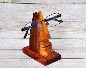 Decorative handmade stand for eyeglasses