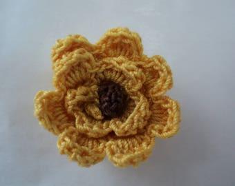 Set 10 flowers yellow to ochre to Brown heart crochet Ø 3 cm. ref: Z57 3 F60